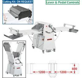 Diamond állványos tésztanyújtó gép, 1200x600 mm-es nyújtási felülettel. 1 sebességes