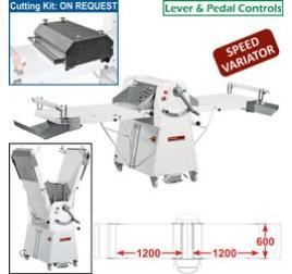 Diamond állványos tésztanyújtó gép, 1200x600 mm-es nyújtási felülettel. változtatható sebességes