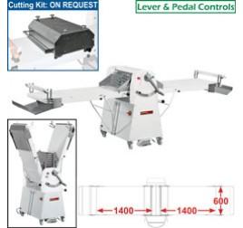 Diamond állványos tésztanyújtó gép, 1400x600 mm-es nyújtási felülettel. 1 sebességes