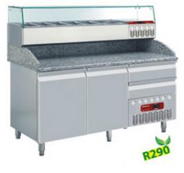 160 cm-es Diamond  hűtött pizzaelőkészítő asztal 2 ajtóval és 2 fiókkal, GN 1/4 osztású feltéthűtővel