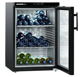 151 literes Liebherr üvegajtós borhűtő (borklíma) 1 hőmérsékleti zónával